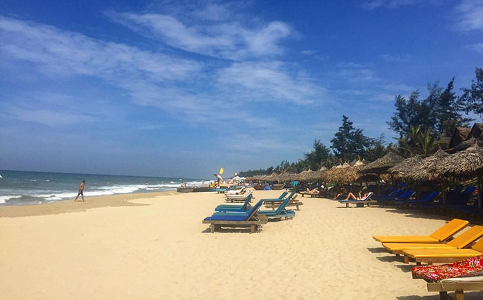 Lazing Hoian Beach